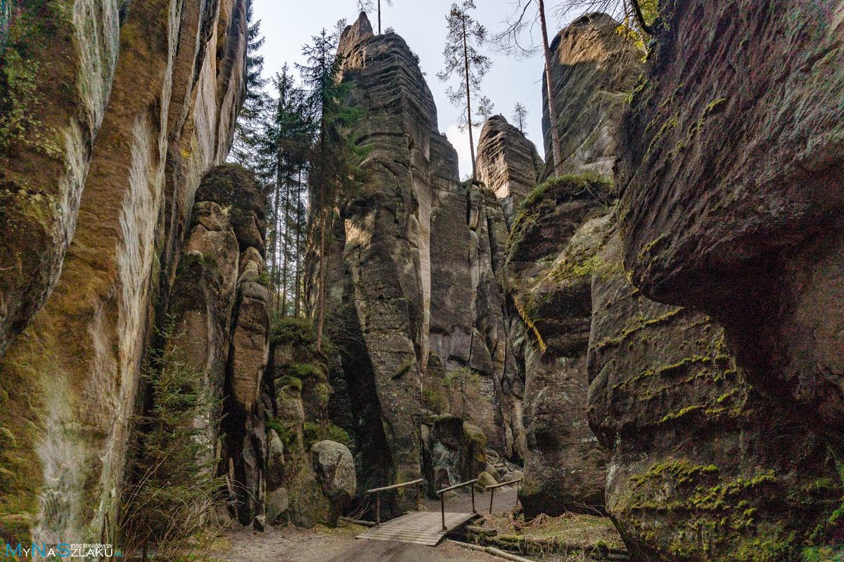 Jaskinie w adrspach