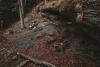 grota-komonieckiego-z-dzieckiem