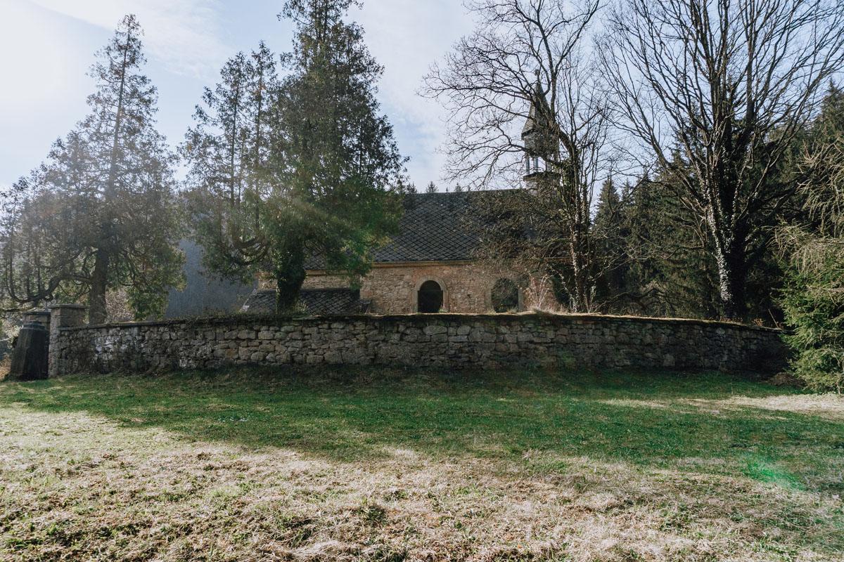 Okrzeszyn kościół cmentarny świętego Michała