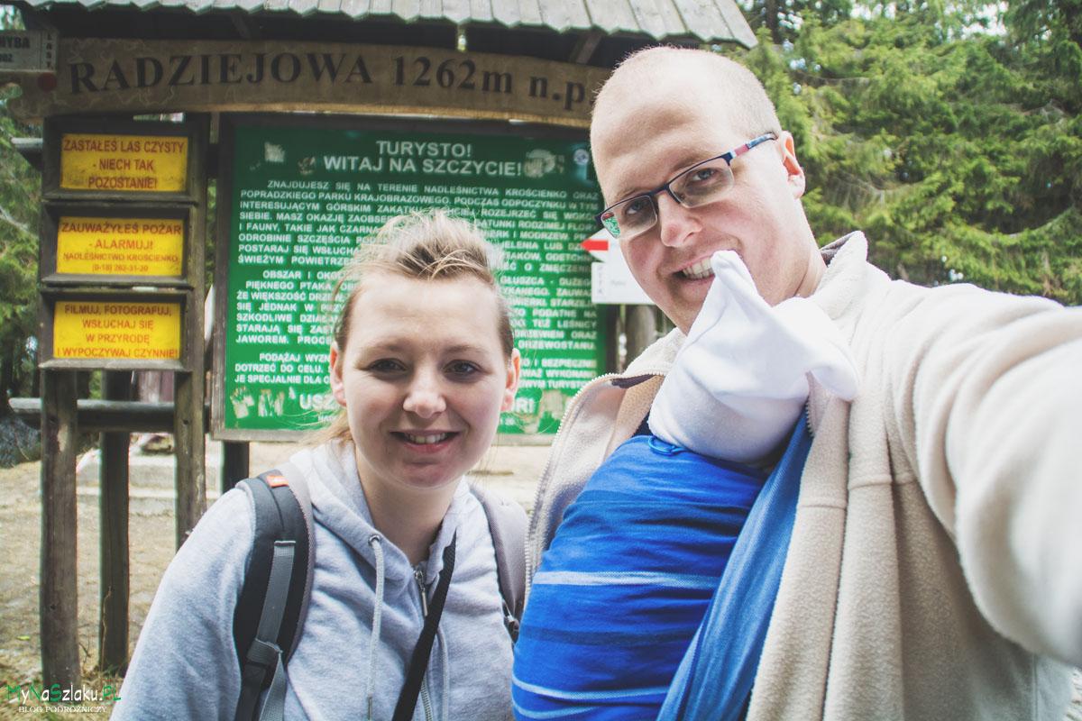 Wycieczka z niemowlakiem w chuście w góry