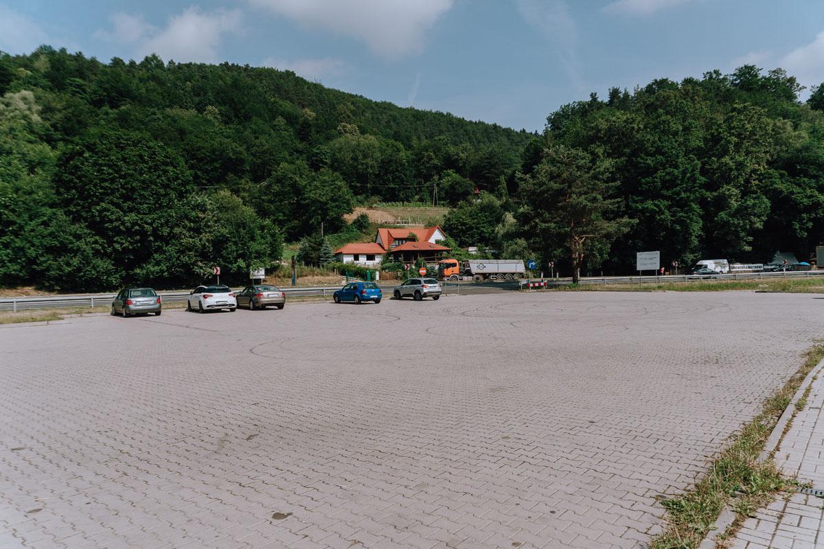 Zamek Tropsztyn parking