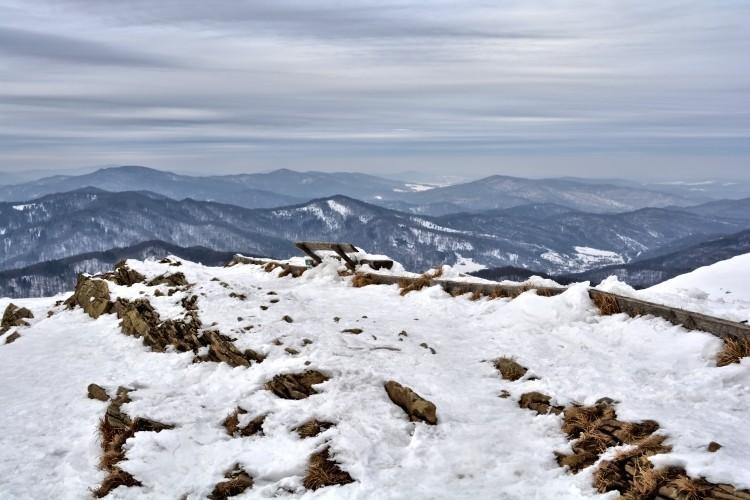 Czarnym szlakiem z Jaworca na Smerek