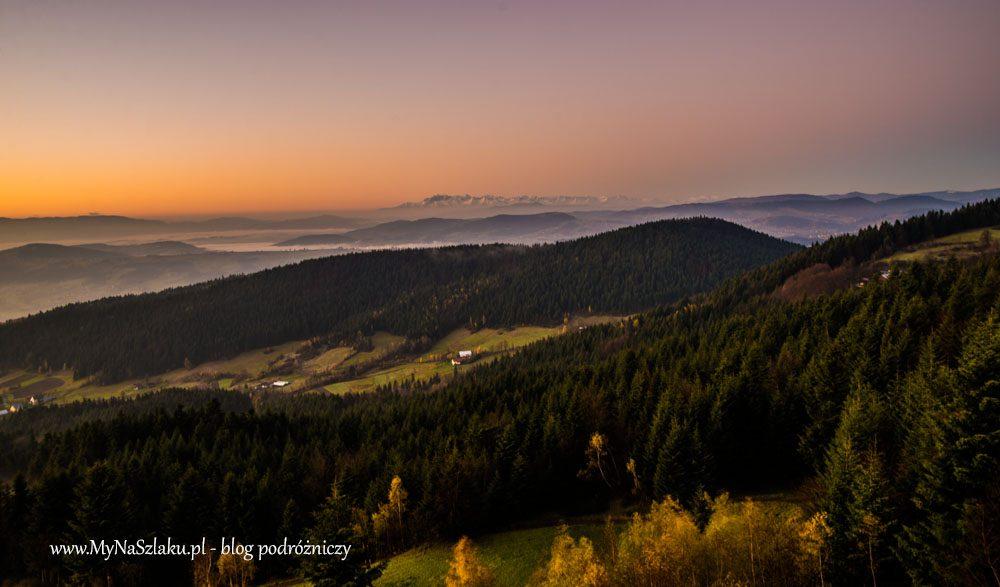 Beskid Wyspowy: Gdy słońce wstaje nad górami
