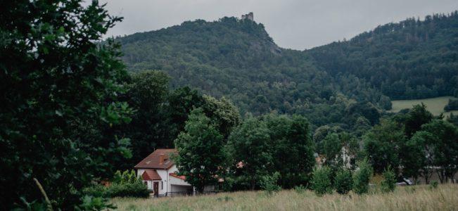 Karkonosze: Sobieszów – Ostrosz – Trzmielak – Skarbczyk