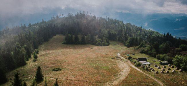 Gorce: Z Ochotnicy Dolnej niebieskim szlakiem na Lubań