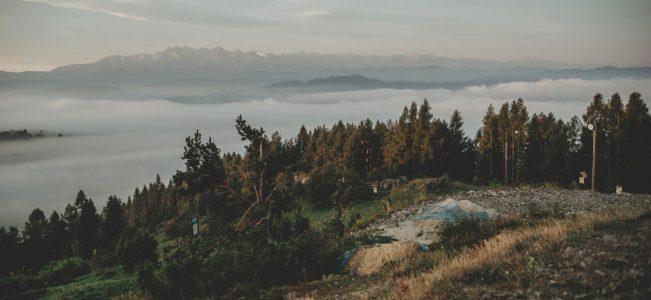 Pieniny: Przełęcz Snozka i Wdżar o poranku