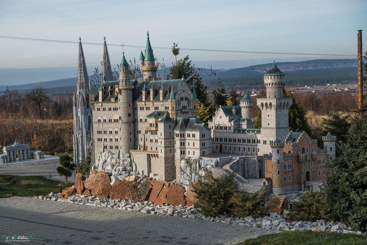 Sabat Krajno – Park Rozrywki i Miniatur