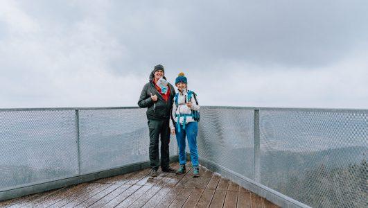 Wieża widokowa na Trójgarbie i szlak turystyczny ze Starych Bogaczowic