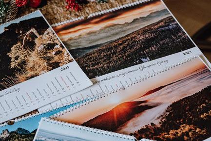Kalendarz ścienny góry 2021