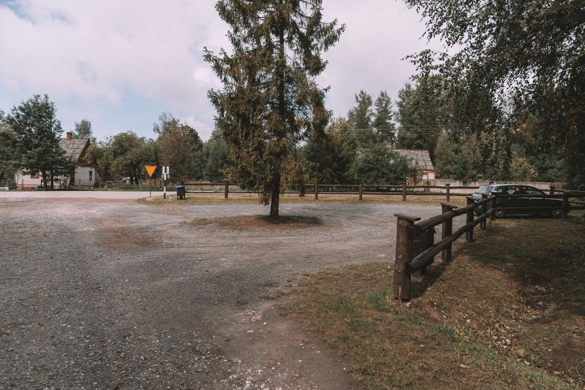 Rezerwat Skałki Piekło parking