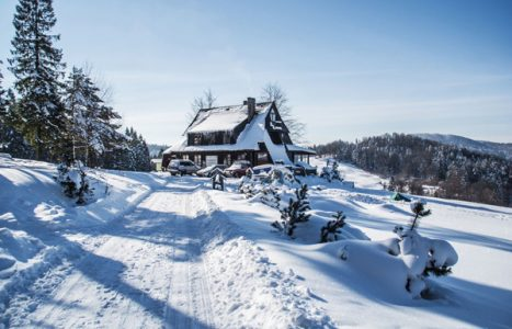 Gdzie w góry zimą? Propozycje wycieczek z dziećmi i dla początkujących