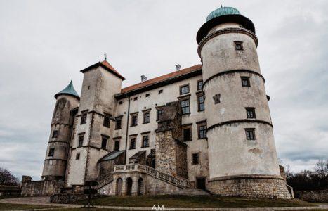 Zamek w Wiśniczu – plener ślubny i informacje praktyczne
