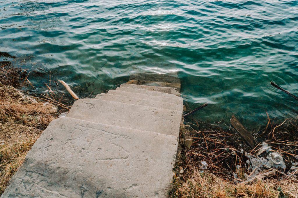 turkusowe jeziorko wapienniki