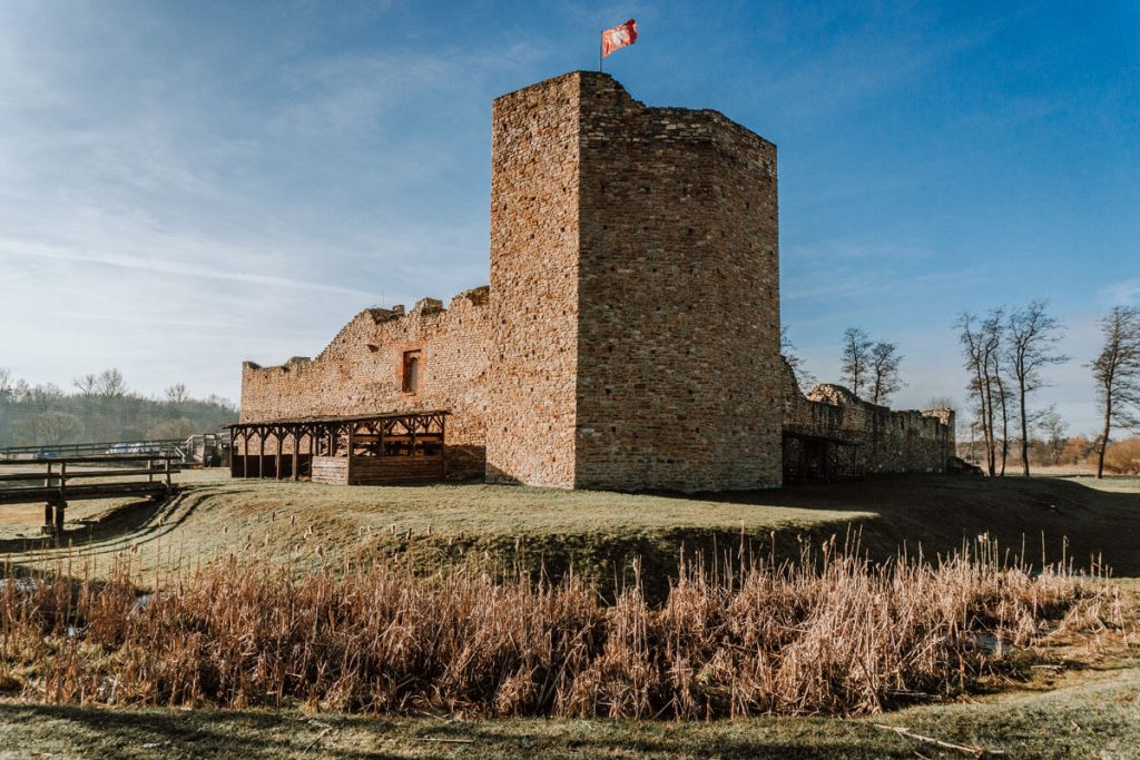 zamek inowlodz lodzkie