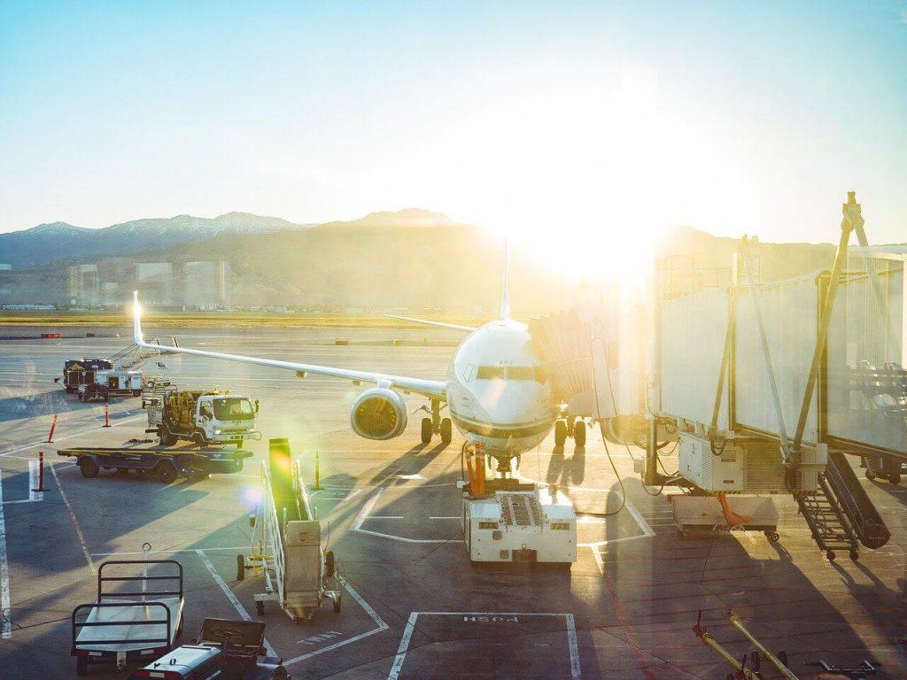 jak ubiegac sie o odszkodowanie za opozniony lot