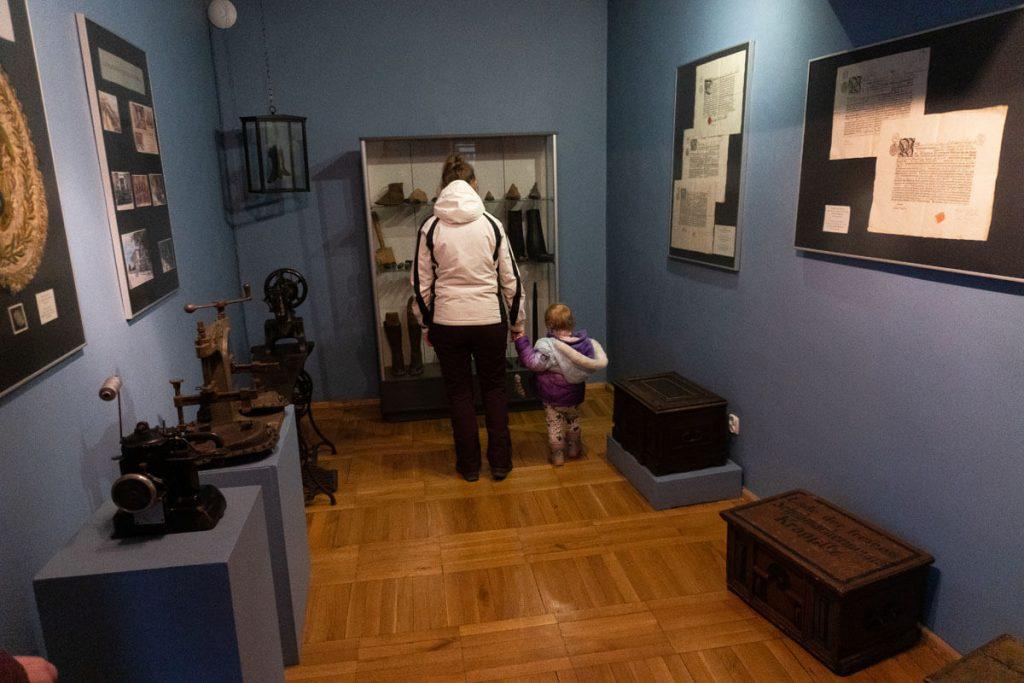 muzeum ziemi prudnickiej z dzieckiem