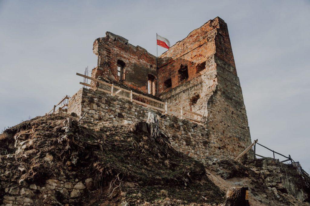 zamek w melsztynie odbudowa