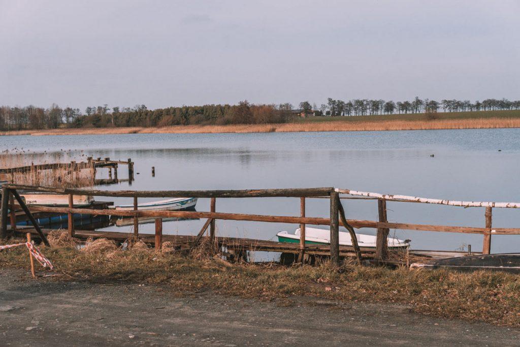 jezioro biskupinskie