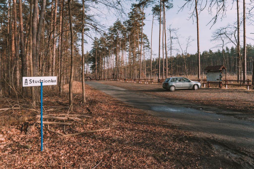 stobrawski park krajobrazowy parking