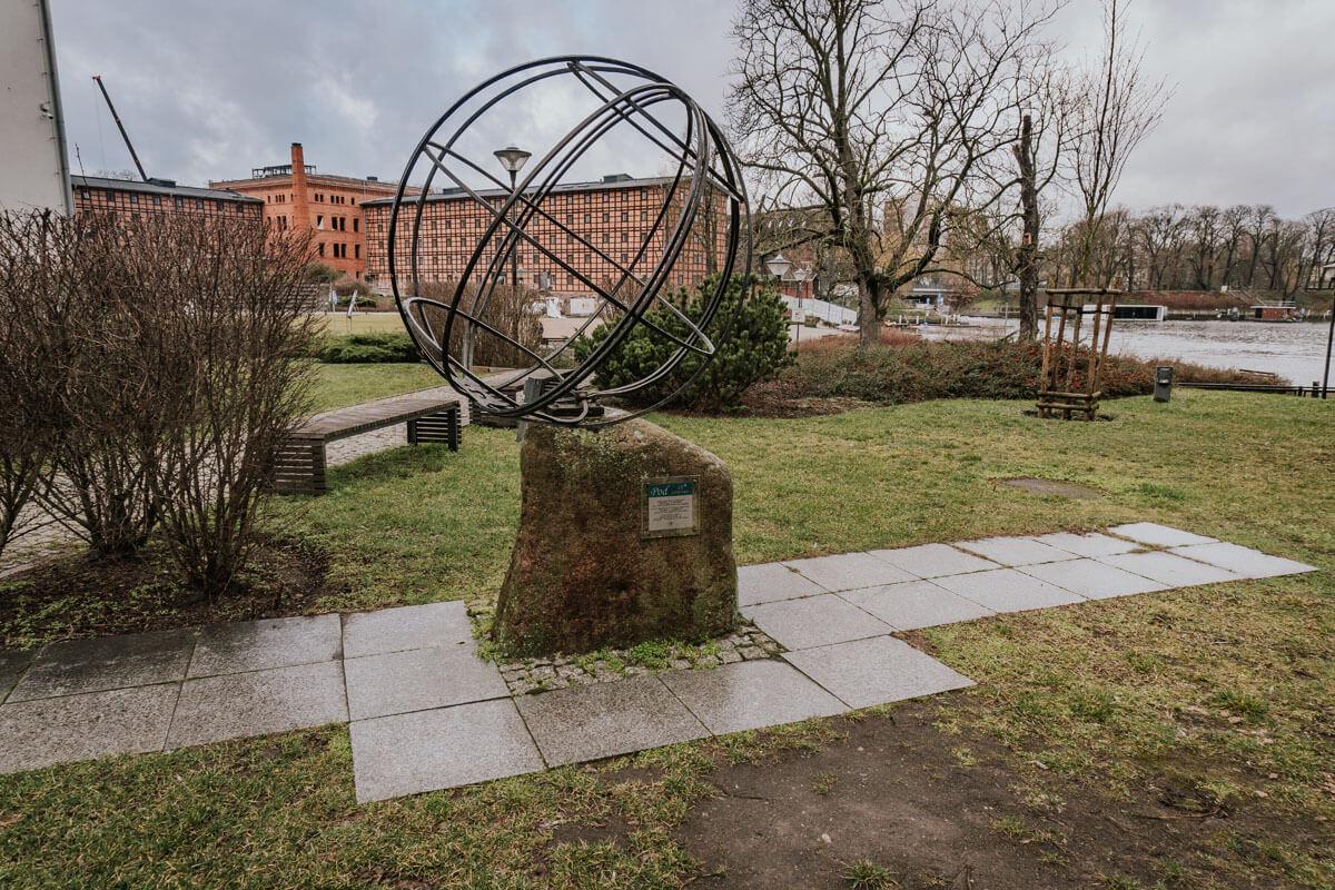 pomnik 18 południka