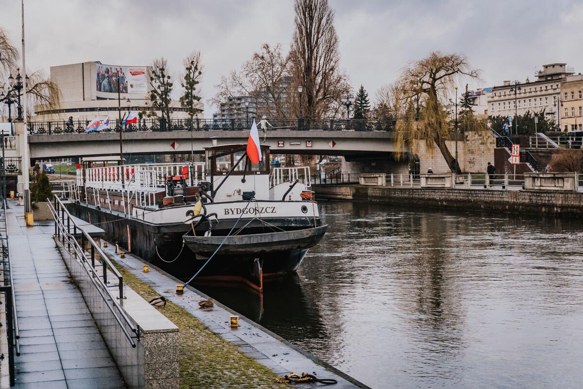 Barka Lemara i rejs statkiem po Brdzie