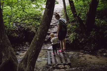Dolina Kluczwody z dzieckiem