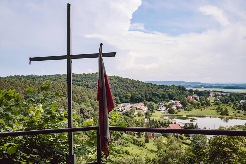 Krzyż na Skale Krzywy Sąd