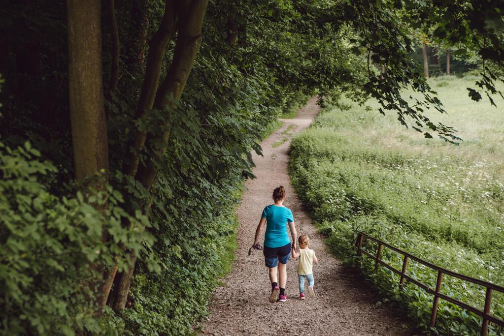 Ścieżka do Doliny Mnikowskiej z dzieckiem