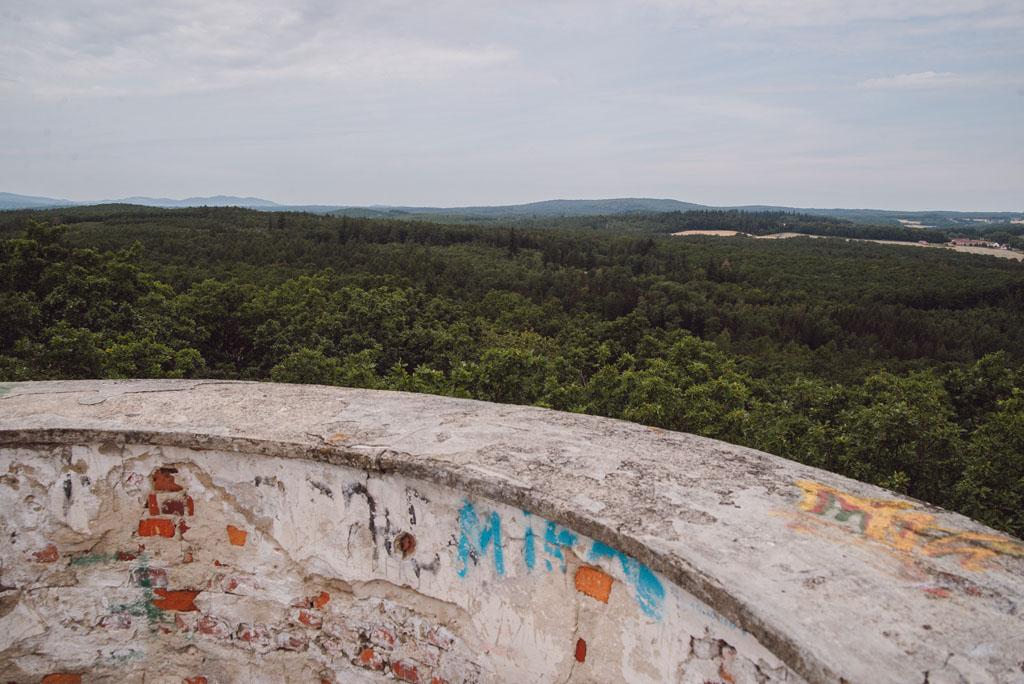 Krajobraz z wieży widokowej na Radogoście