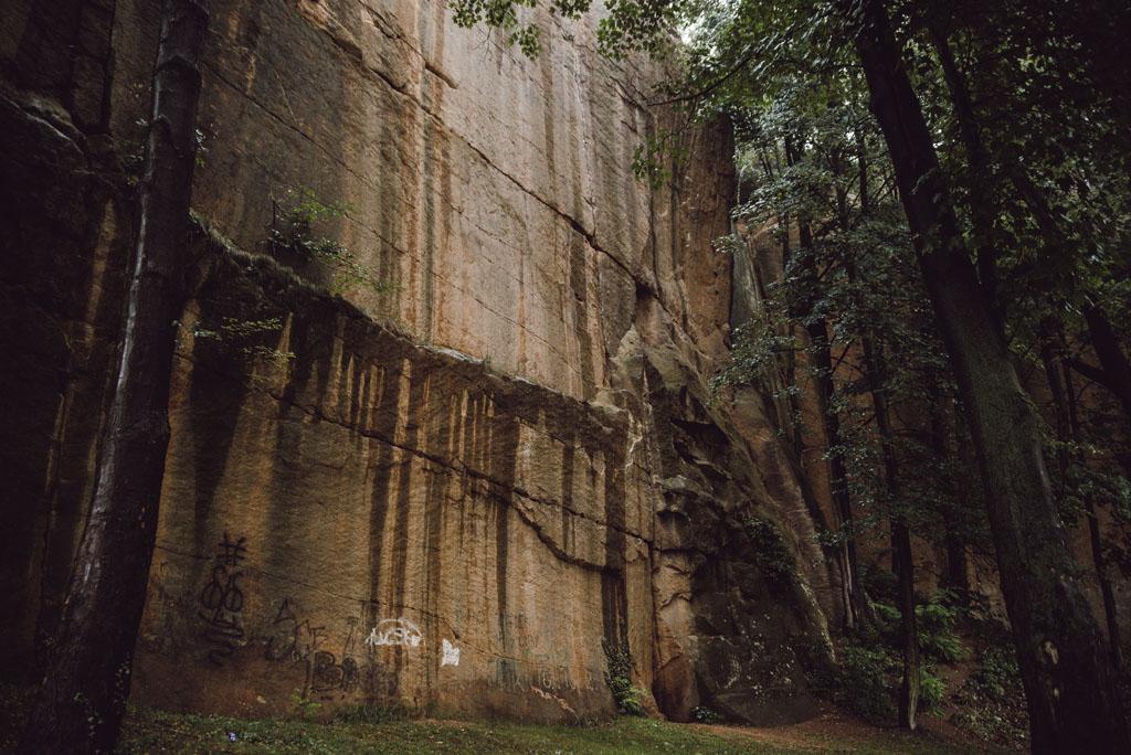 Krucze Skały w Jerzmanicach-Zdroju
