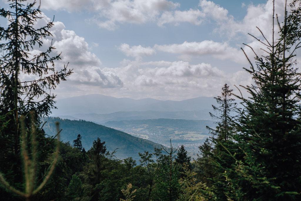 Widoki ze szlaku na Jaworzynę