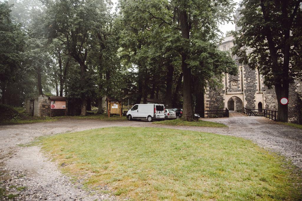 Parking przy Zamku Grodziec