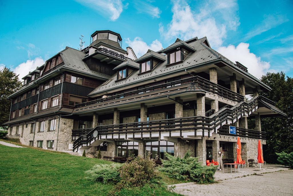 Hotel - Schronisko Bezmiechowa