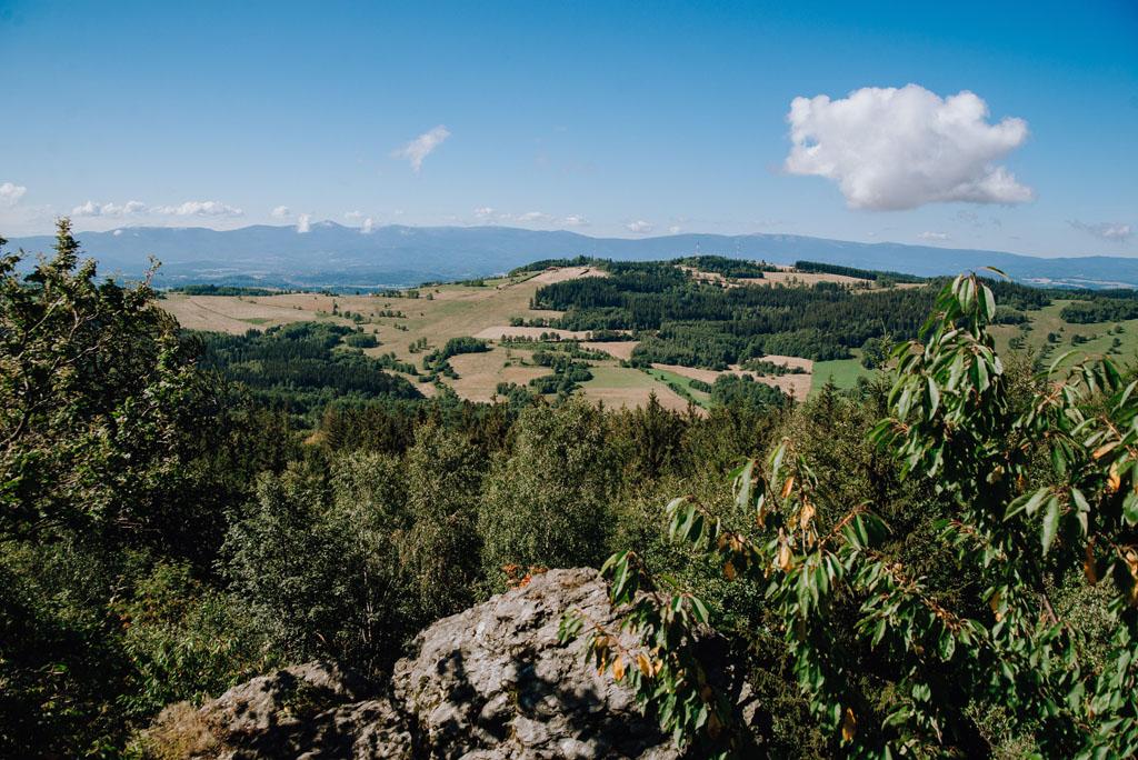 Widok z Okola na Łysą Górę