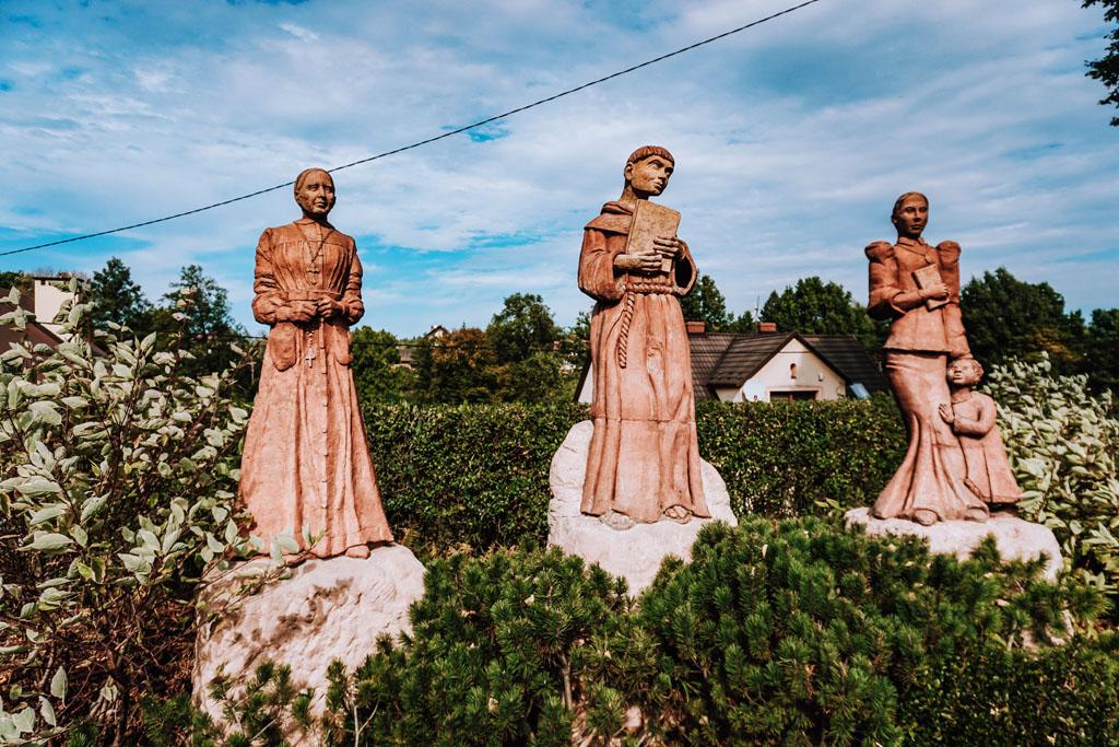 Gliniane figury w Lipnicy Murowanej