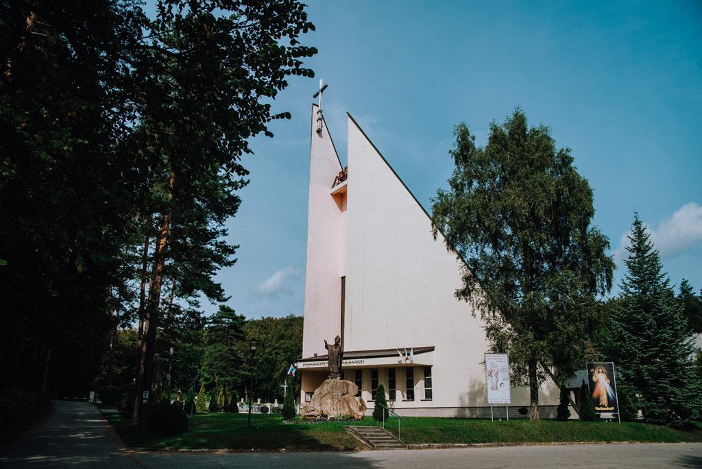 Kościół w Jaroszowcu