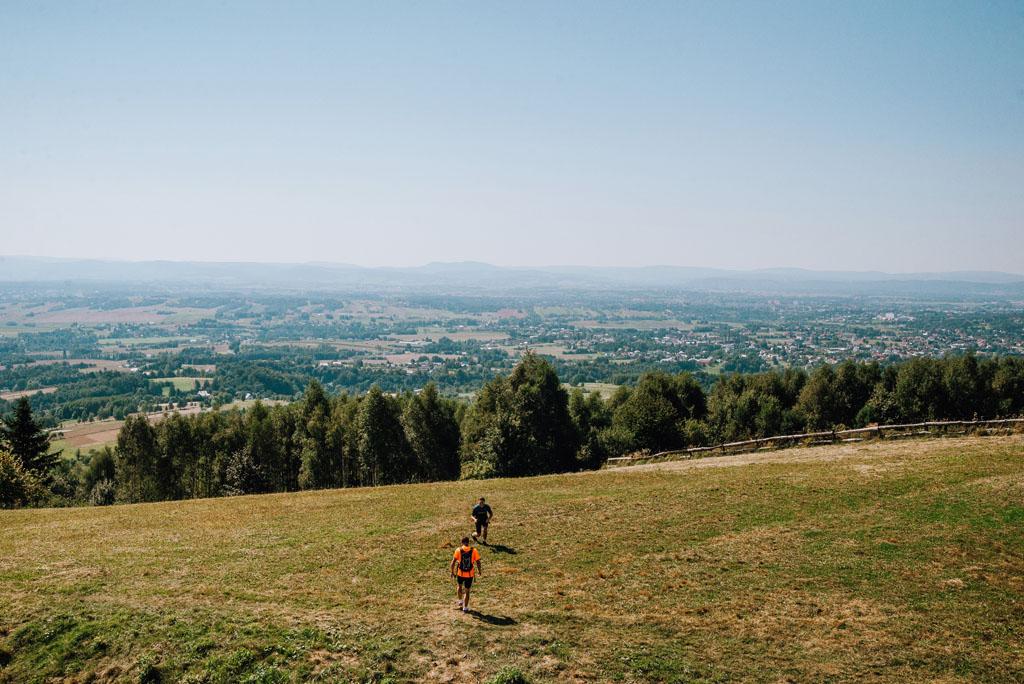 Widok z wieży widokowej w Czarnorzekach