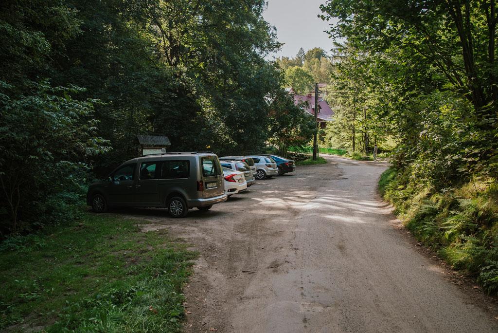 Parking najbliżej Wodospadu Podgórnej