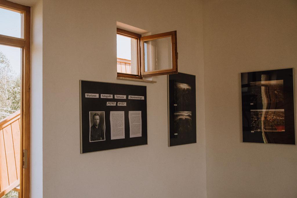 Wystawa fotografii na wieży widokowej w Czarnorzekach