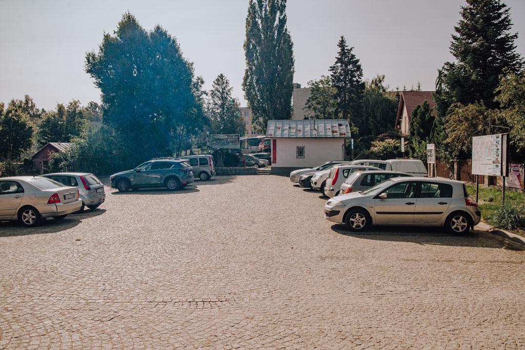 Parking przy Zamku Bolków