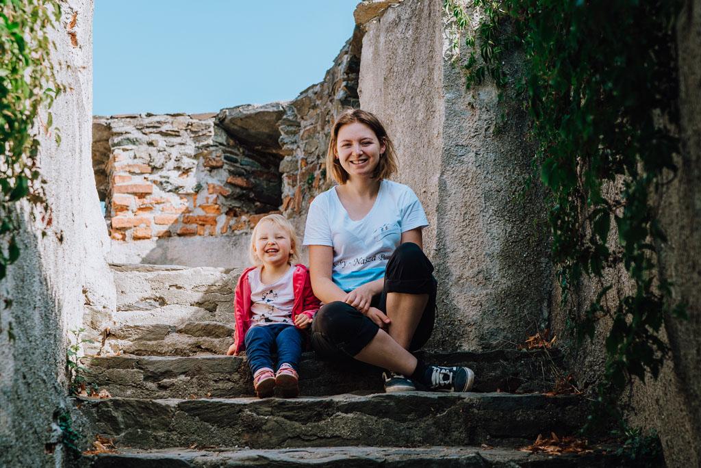 Zamek Bolków z dzieckiem