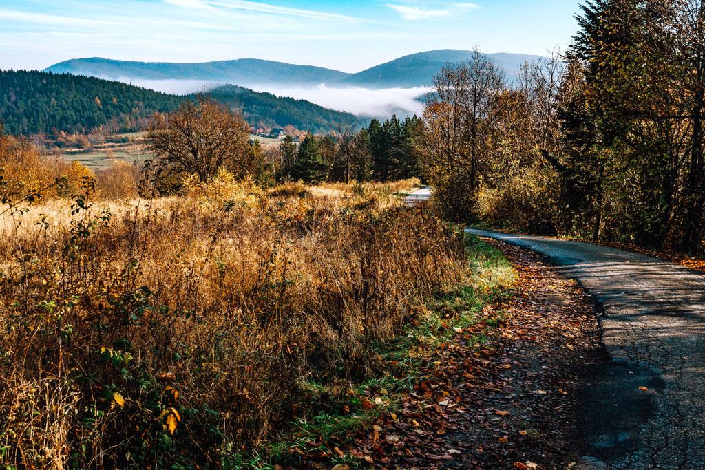 Droga Chełmu na Przełęcz pod Śliwnikiem