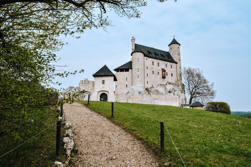 Zamek Bobolice jako Wawel w Koronie Królów