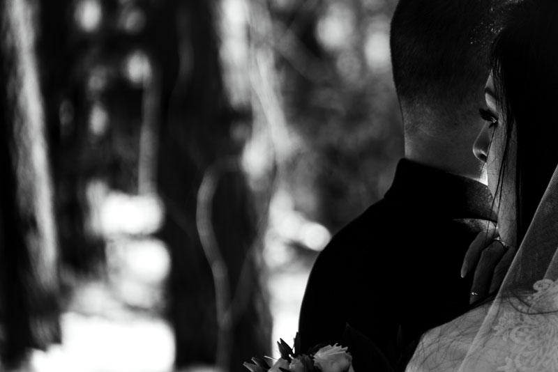 Czarno białe zdjęcia ślubne Limanowa