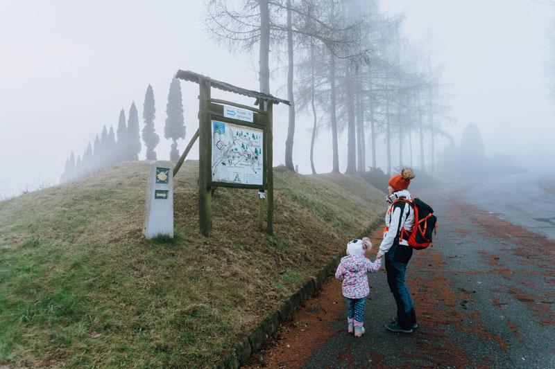 Mapa szlaków turystycznych w Porąbce Uszewskiej