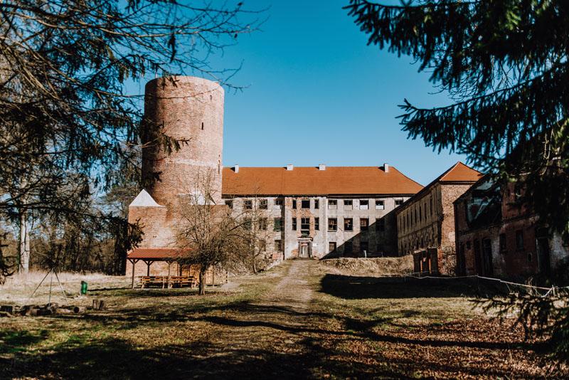 Swobnica zamek wieża