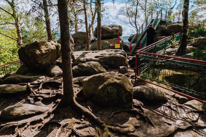 skały na szczytniku