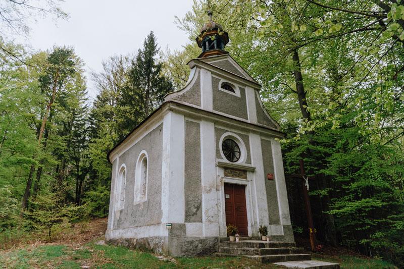 Kaplica świętej Anny i kalwaria - droga krzyżowa
