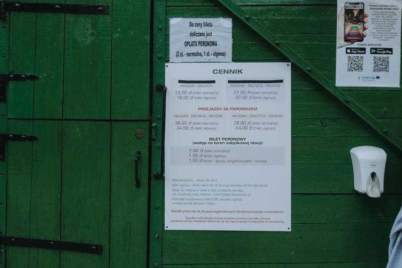 Cennik biletów na wycieczkę kolejką wąskotorową w Bieszczadach