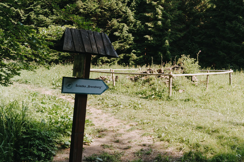 Leśniczówka Brenzberg na ścieżce przyrodniczo-historycznej